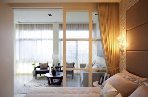 卧室隔断现代简约风格装饰图片