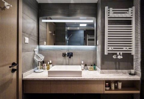 卫生间橱柜现代风格装饰设计图片