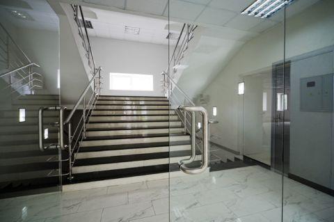 楼梯简欧风格装饰图片
