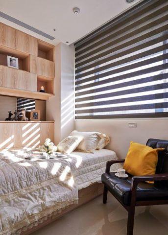 卧室窗帘简约风格装饰图片