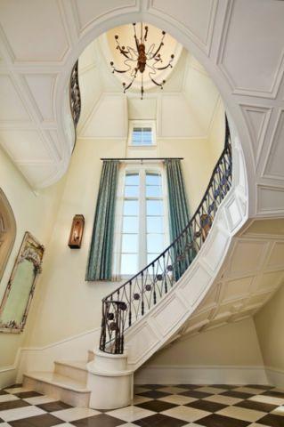 精致简欧风格楼梯装修效果图