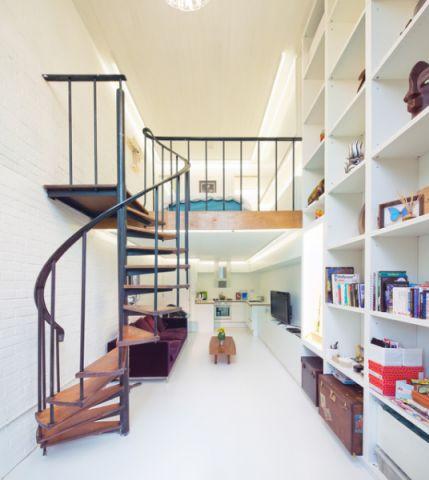 清新简约现代风格楼梯装修效果图