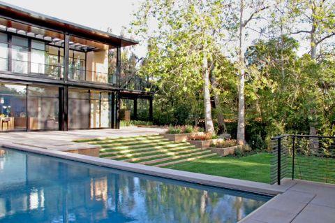 花园现代风格效果图