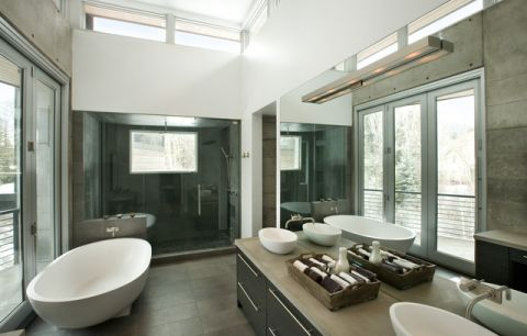 卫生间飘窗现代风格装饰图片