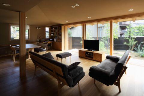 客厅日式风格装饰设计图片