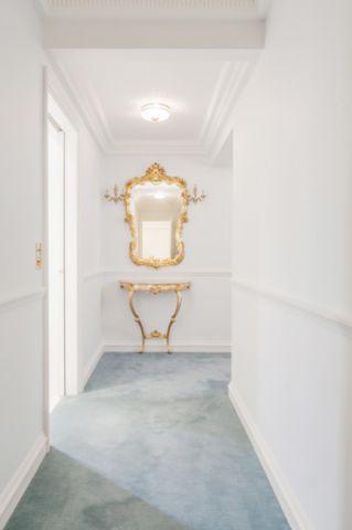 白色走廊混搭风格装修效果图