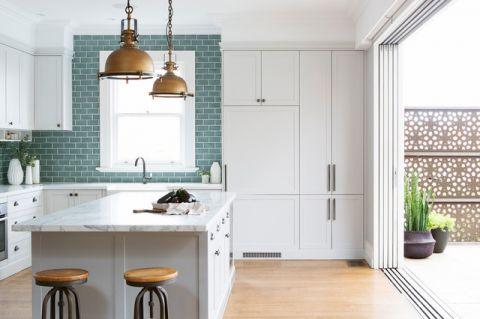 厨房吊顶简欧风格装潢设计图片