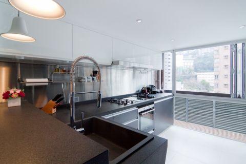 厨房橱柜现代风格装潢图片