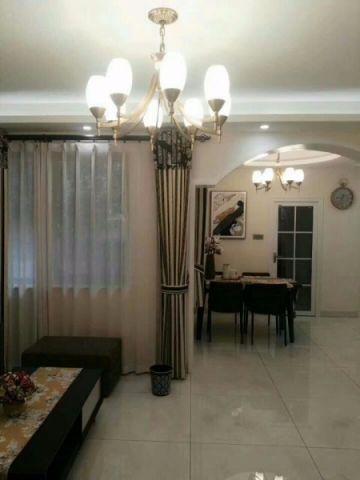 客厅窗帘新古典风格装修图片