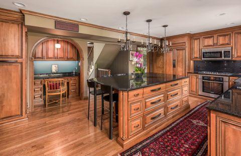 厨房吊顶美式风格装潢效果图