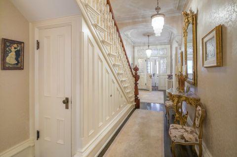玄关楼梯简欧风格效果图