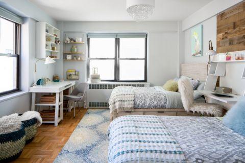 卧室窗台现代风格装潢设计图片