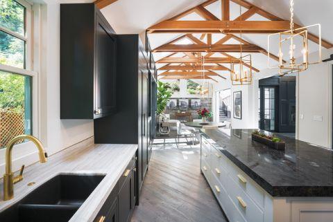 厨房白色细节现代风格装饰设计图片