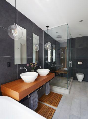 卫生间隐形门现代风格装饰效果图