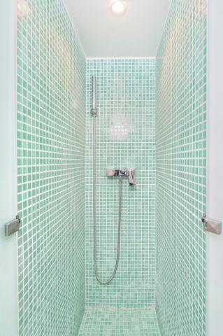井井有条现代风格浴室装修效果图_土拨鼠2017装修图片大全