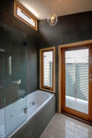 自然写意简欧风格浴室装修效果图_土拨鼠2017装修图片大全