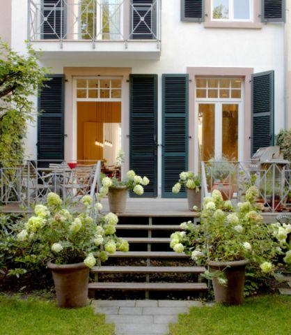 阳台外墙美式风格装饰设计图片