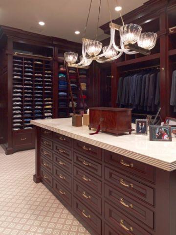 衣帽间橱柜美式风格装修效果图