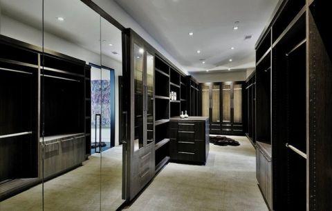 客厅橱柜现代风格装潢设计图片