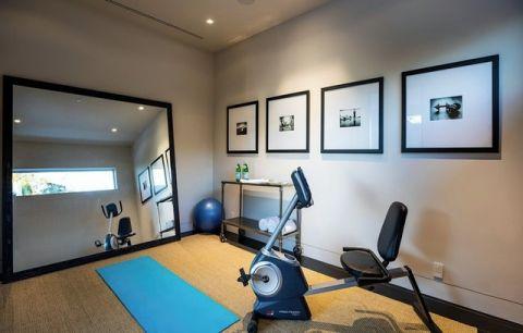 客厅健身房现代风格效果图