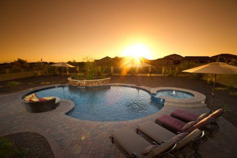 花园泳池混搭风格装潢图片