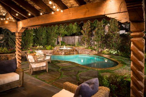 外景泳池美式风格装饰效果图