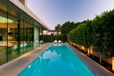 泳池现代风格装潢效果图