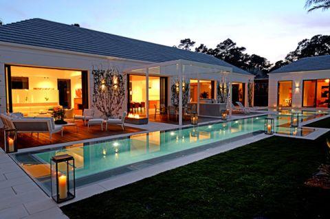 泳池现代风格装修设计图片