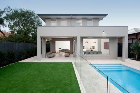 外景泳池现代风格装饰设计图片