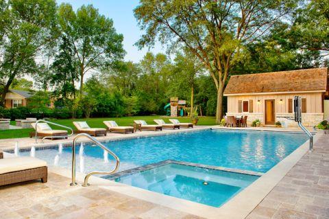 外景泳池美式风格装饰图片