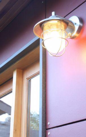 红色外墙现代风格装修设计图片