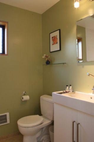 卫生间绿色细节现代风格装饰设计图片