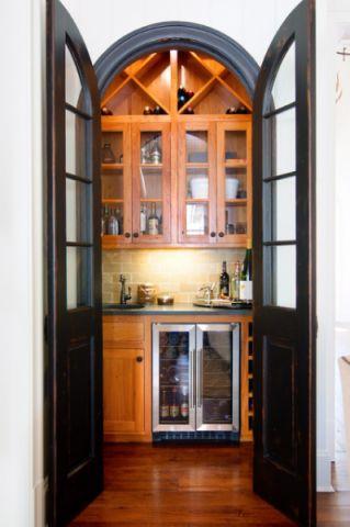 厨房黄色吧台美式风格装修效果图