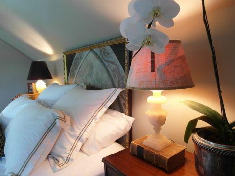 卧室白色细节混搭风格装修效果图