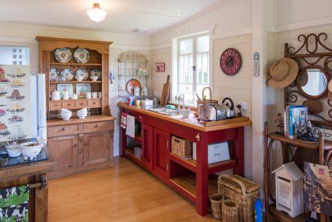 厨房红色茶几混搭风格装修设计图片