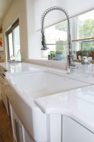 厨房白色细节混搭风格装修图片
