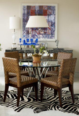 餐厅彩色背景墙混搭风格装修设计图片
