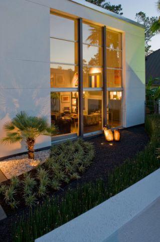 花园外墙现代风格装饰设计图片