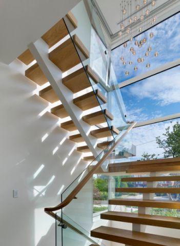玄关楼梯现代风格装修设计图片