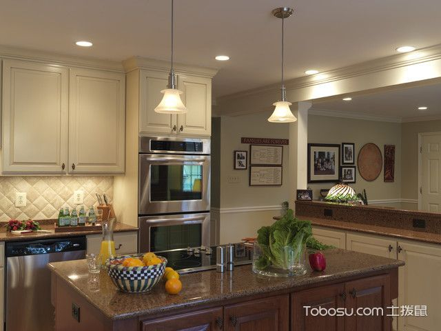 厨房米色吧台简欧风格装潢图片