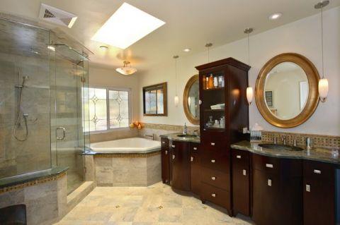 卫生间彩色细节简欧风格装潢设计图片