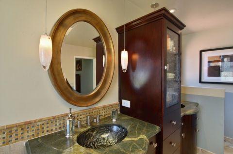 卫生间咖啡色细节简欧风格装饰效果图
