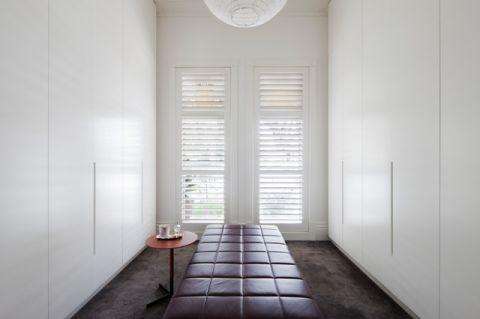 白色橱柜简欧风格装潢设计图片