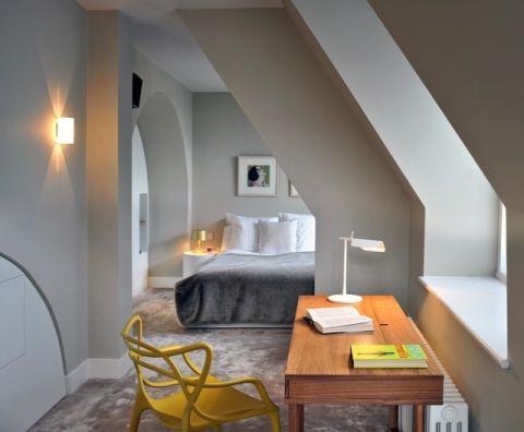 卧室阁楼现代风格装潢图片
