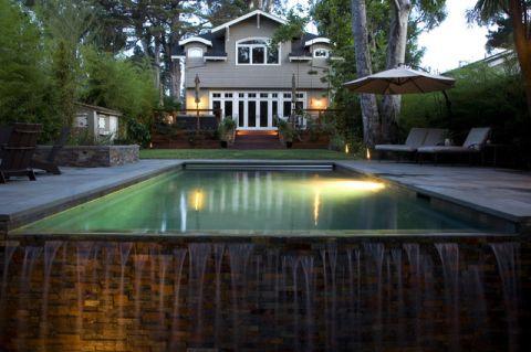 花园泳池现代风格装修设计图片