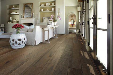 客厅米色走廊美式风格装潢设计图片