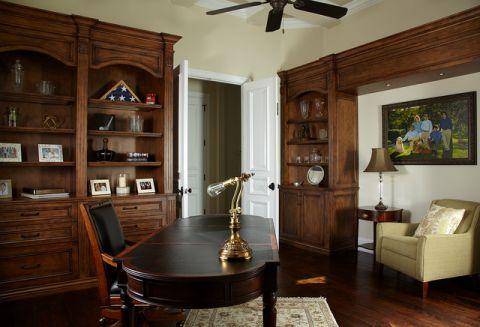 书房咖啡色橱柜美式风格装修设计图片