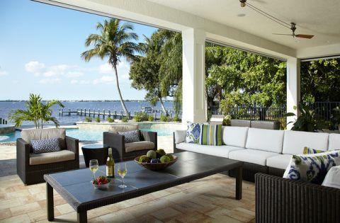 阳台绿色美式风格装饰设计图片