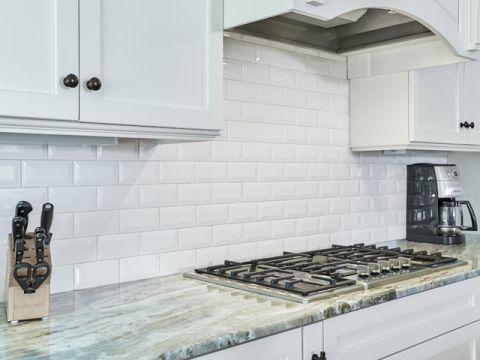 卫生间白色细节美式风格装潢图片