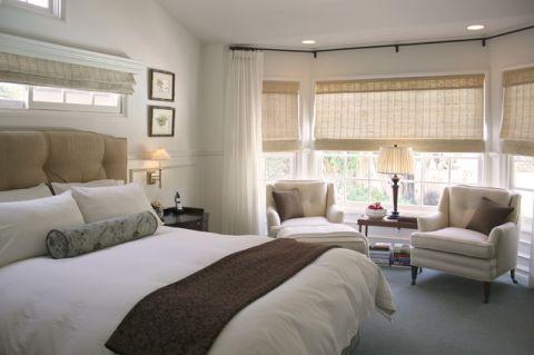 卧室米色飘窗美式风格装修设计图片